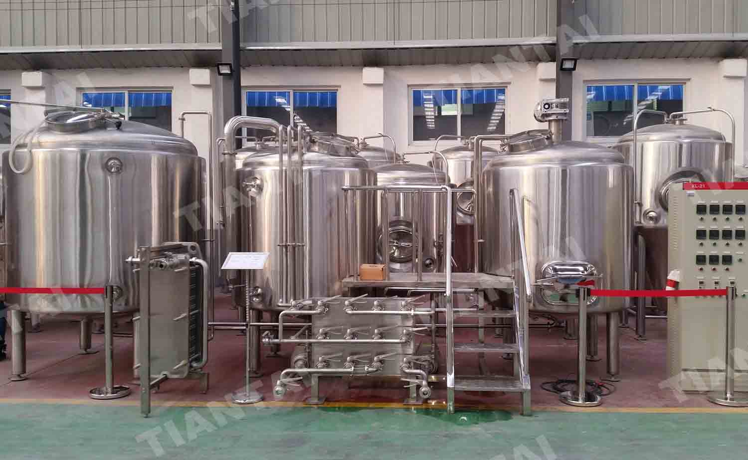 <b>12 HL Two Vessel Brewhouse Equipment</b>
