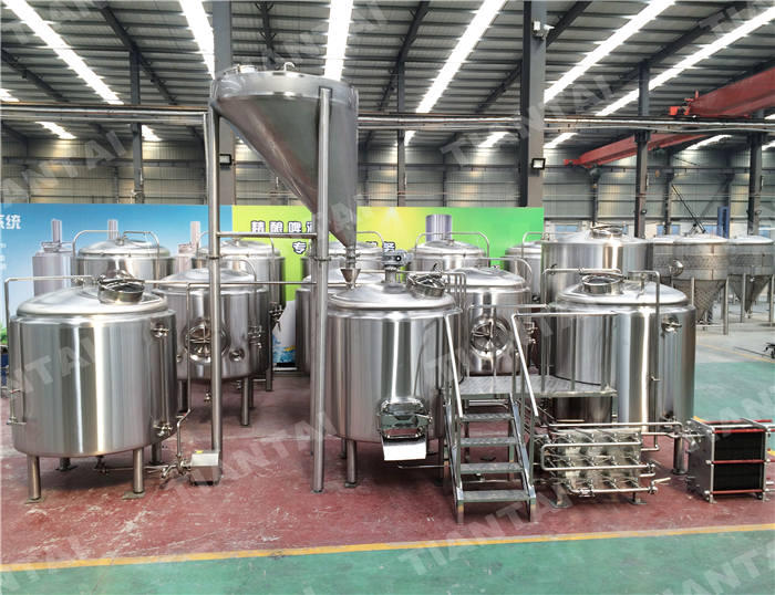 <b>15 HL Stainless steel brewhouse</b>