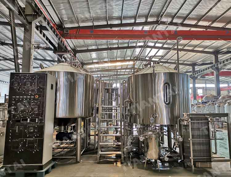 <b>2500l Micro brewery equipment</b>