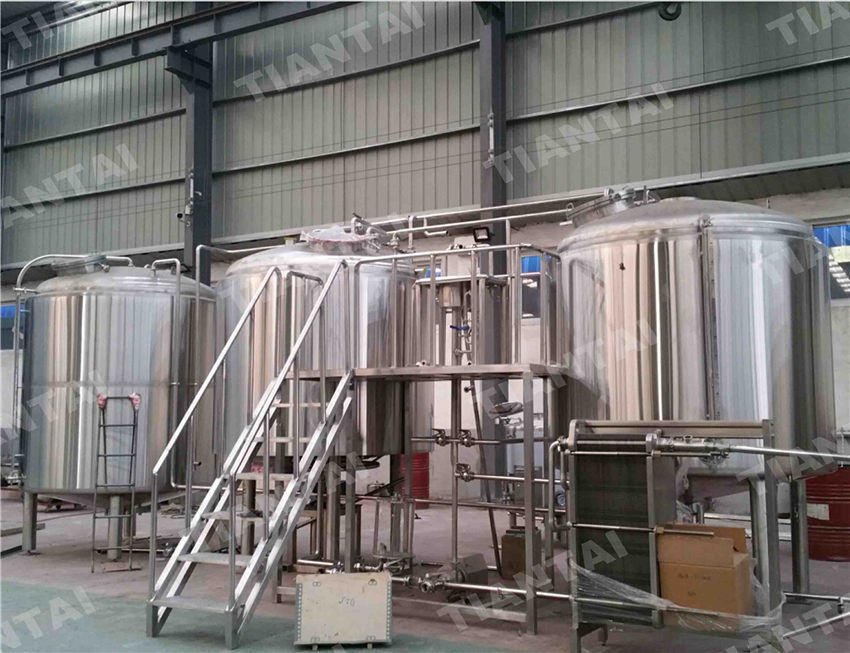<b>30 HL Stainless steel brewhouse</b>