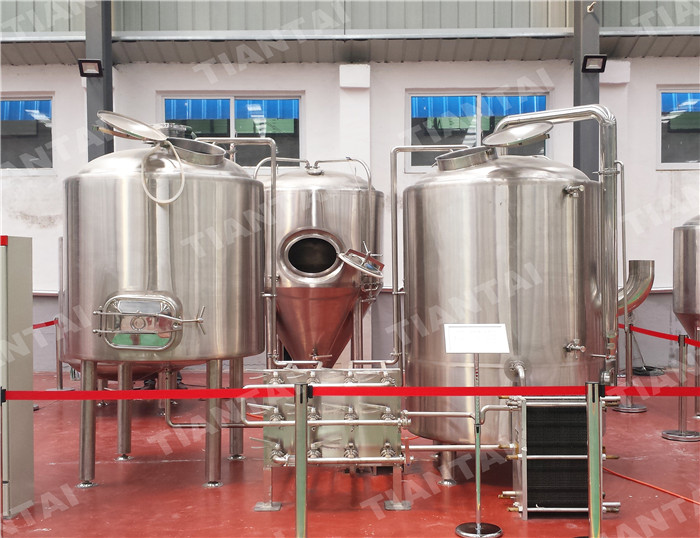 <b>8 HL two body-three vessel brewhouse equipment</b>