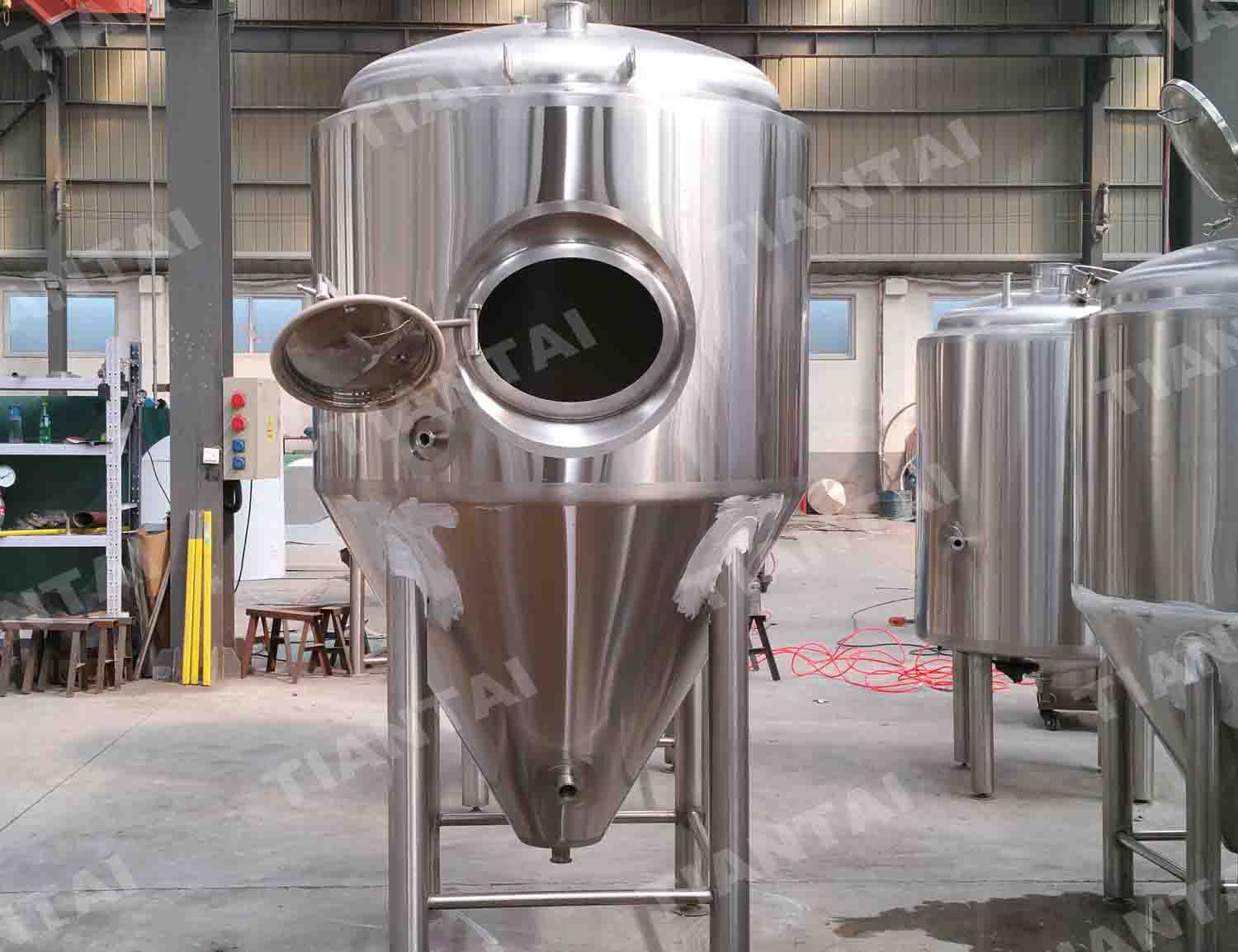 <b>1500L Single wall beer fermenter</b>