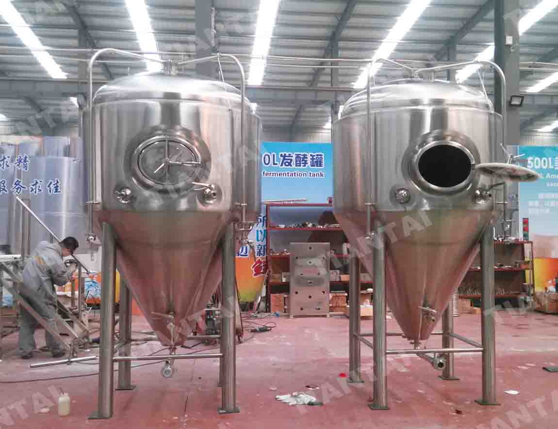 <b>1800L Single wall beer fermenter</b>