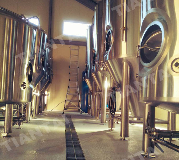 <b>Serving from kegs, fermenters or brite tank?</b>