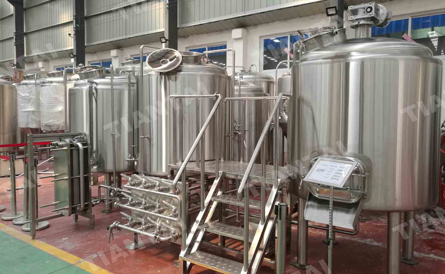 <b>10HL bar brewery equipment</b>