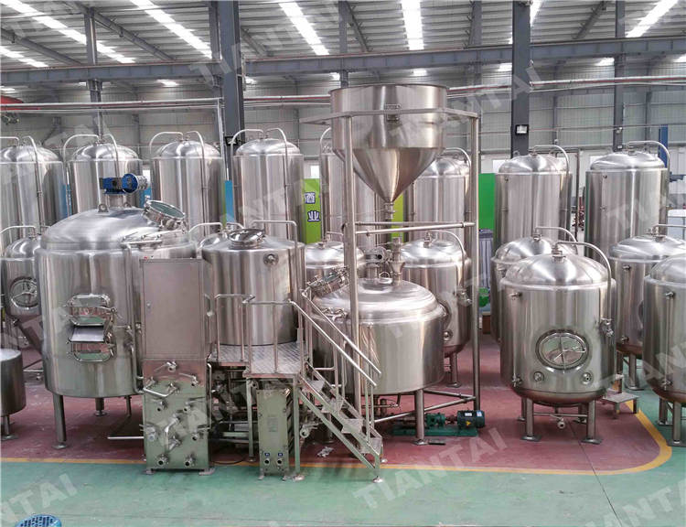 <b>10 bbl Stainless steel brewhouse</b>