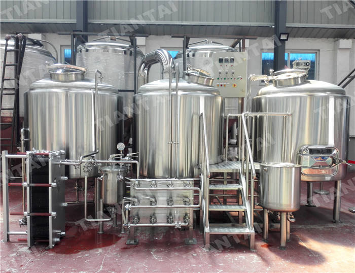 <b>1500L Stainless steel brewhouse</b>