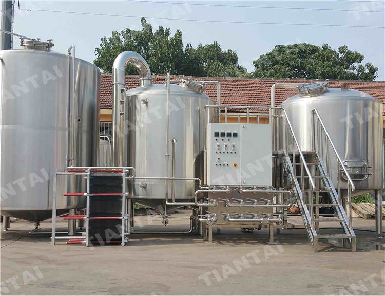 <b>35 HL Three Vessel Brewhouse Equipment</b>
