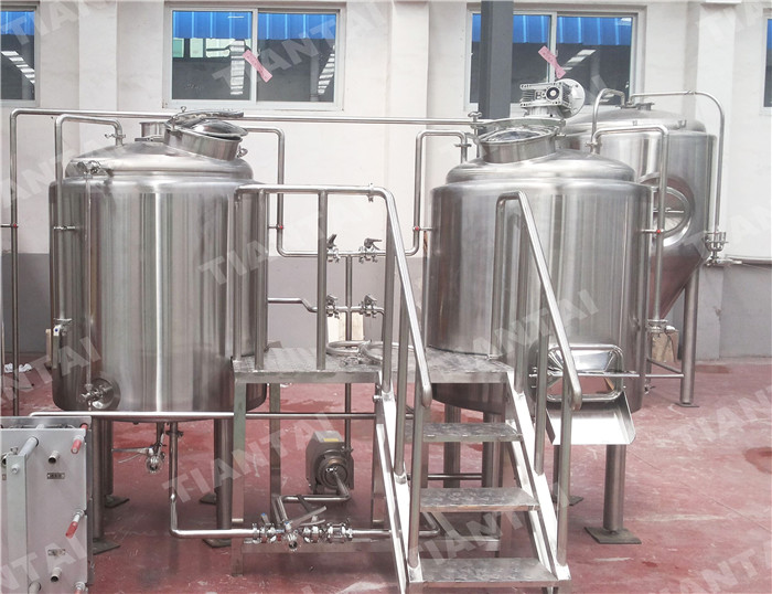 <b>5 HL Micro Brewery Equipment</b>