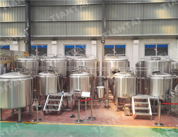 <b>5 bbl Stainless steel brewhouse</b>