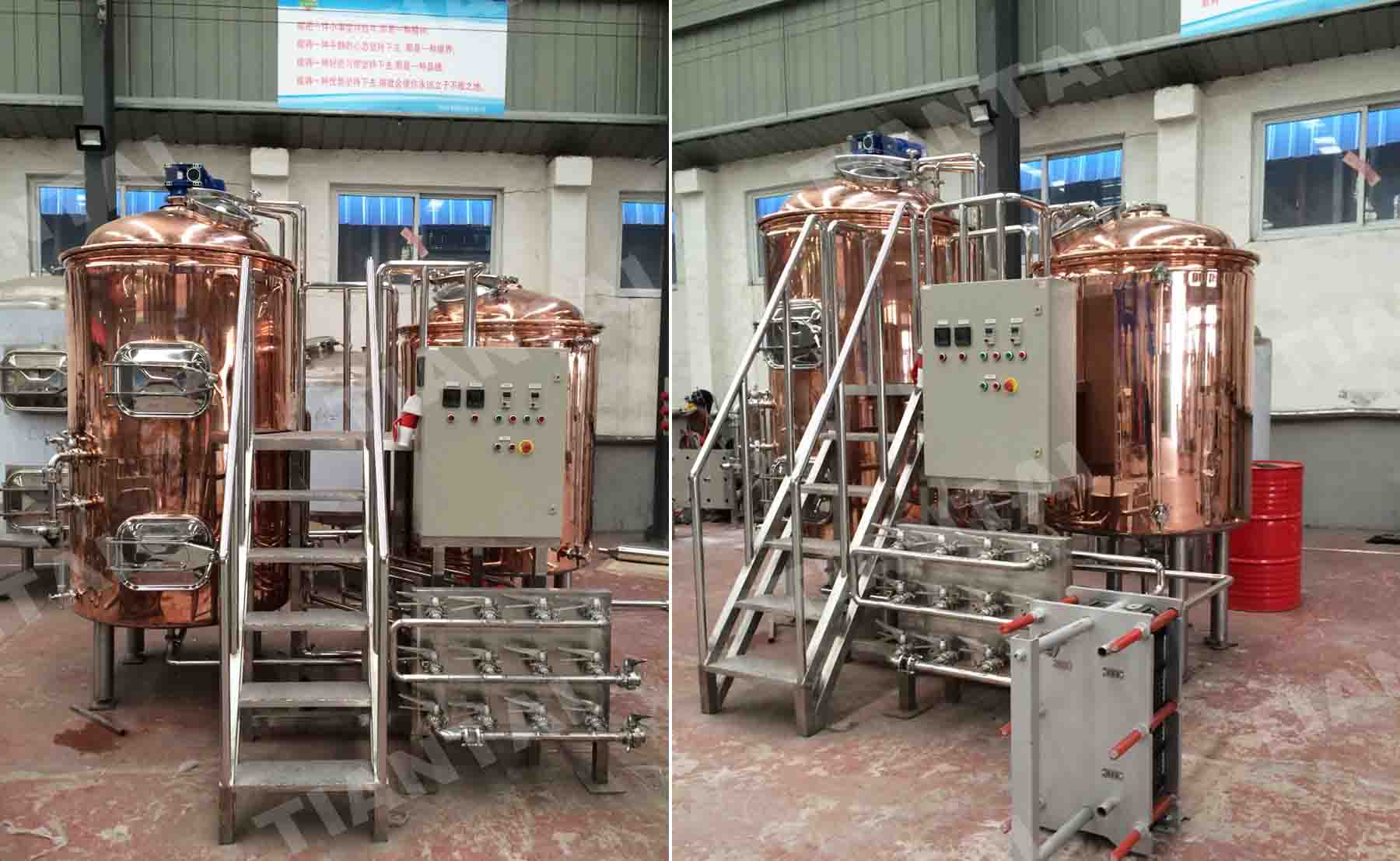 <b>10 HL Copper brewhouse</b>
