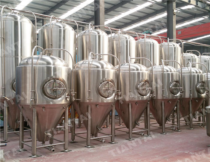 <b>20hl Jacketed conical fermenter</b>