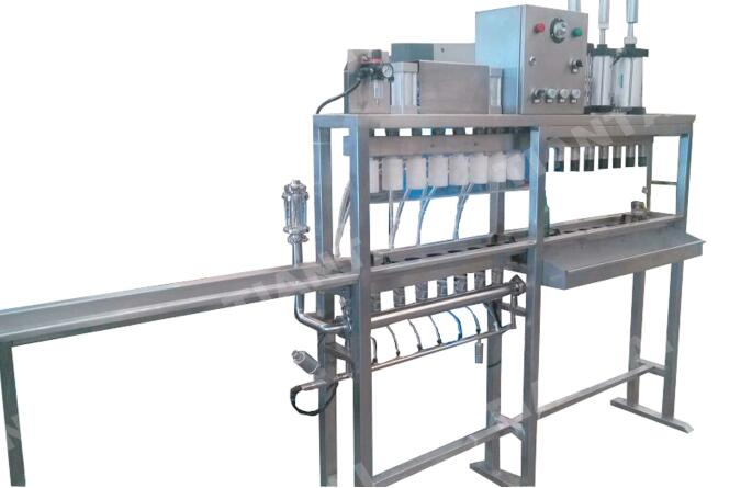 8-Station Semiauto Bottling Machine