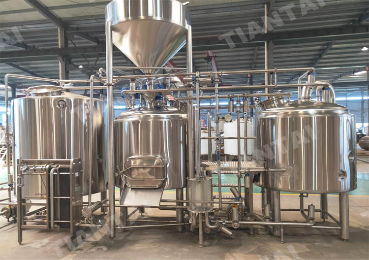 <b>10 HL Microbrewery and 50L Pilot System are on the way to South Africa</b>