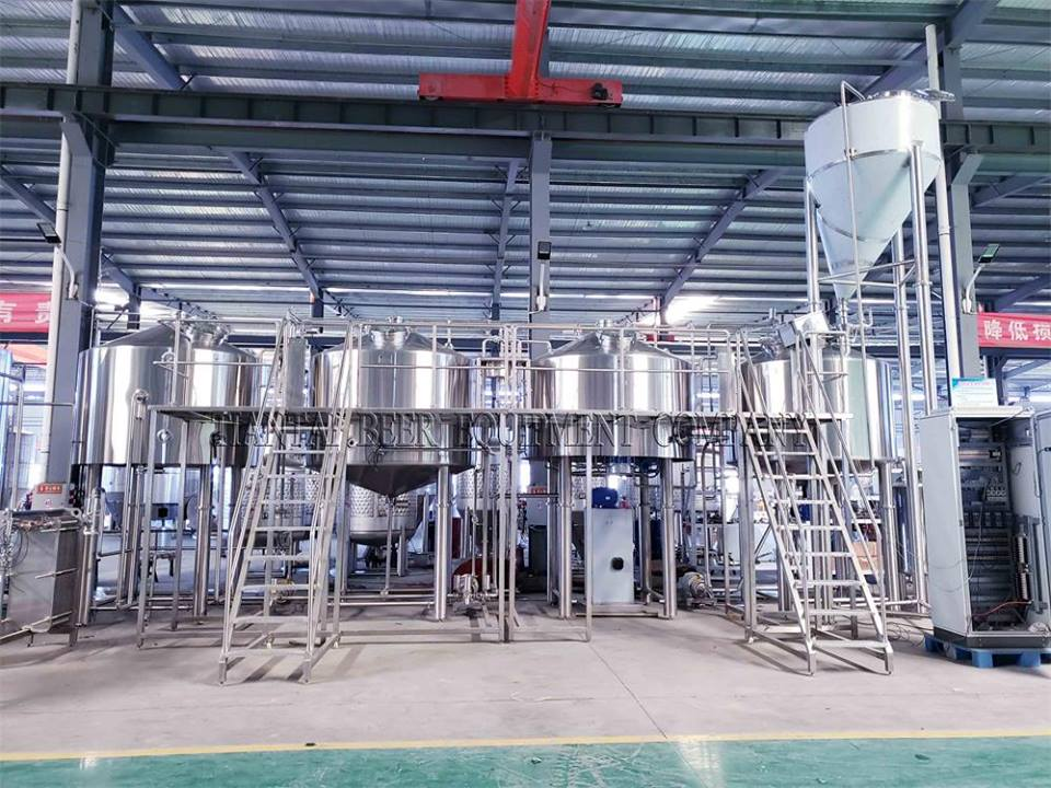 <b>Korea 3000L four vessel brewery with PLC control</b>