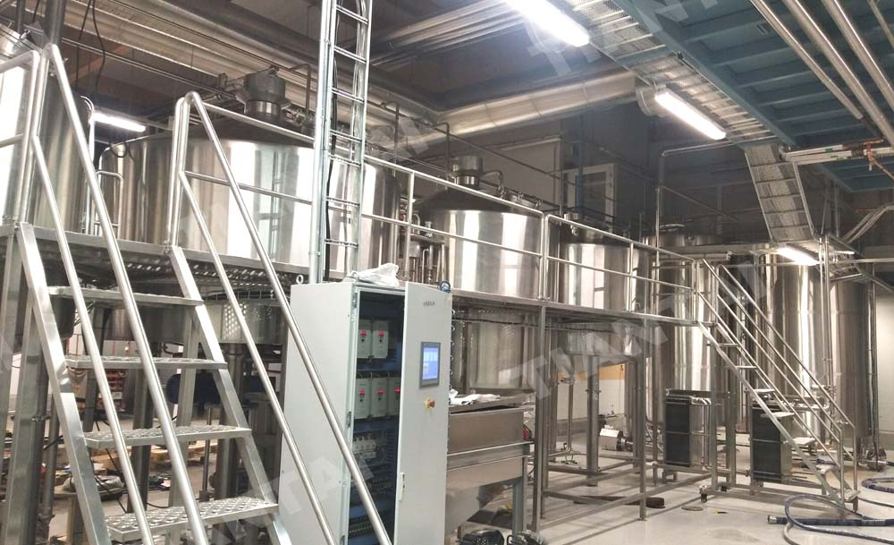 <b>5000L brewery equipment is under manufacturing</b>