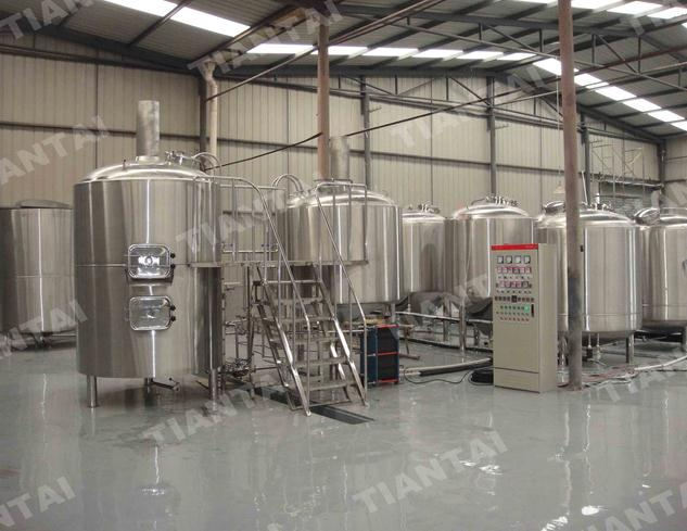 <b>Asia 2000L micro brewery equipment</b>