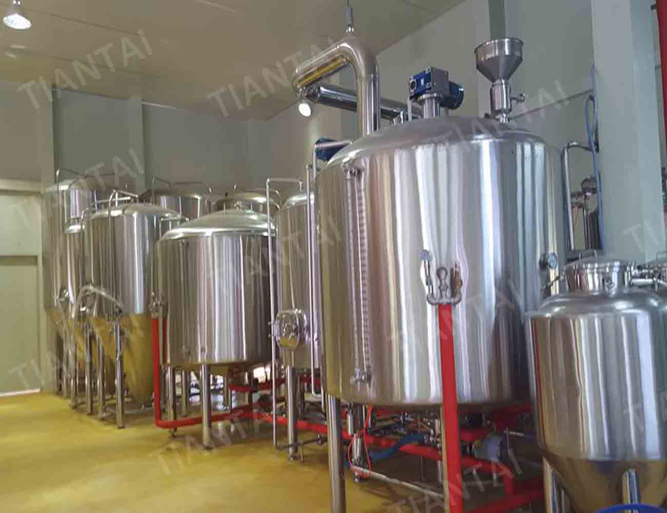 <b>3000L craft beer brewing equipment in Korea</b>