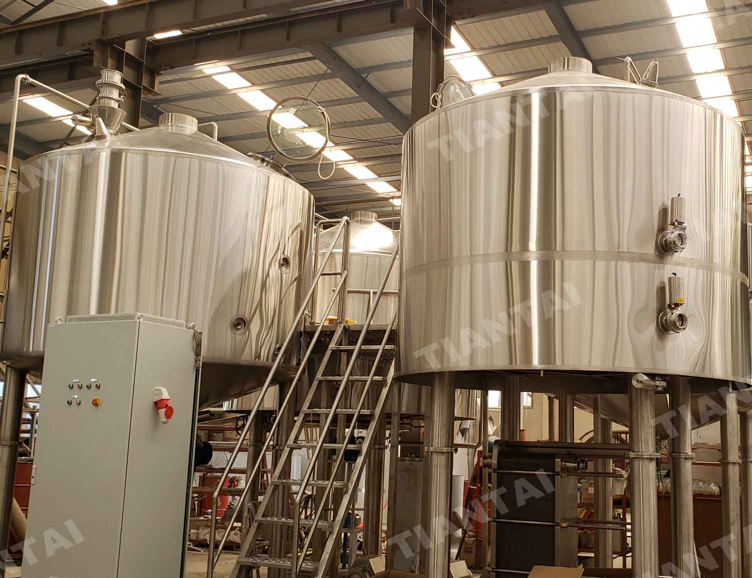 Korea four vessel commercial beer brewing equipment
