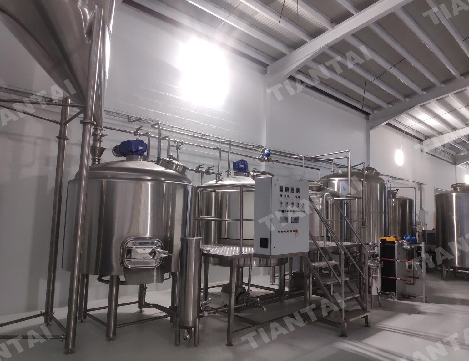 St. Maarten 15bbl three vessel steam heating beer brewery equipment
