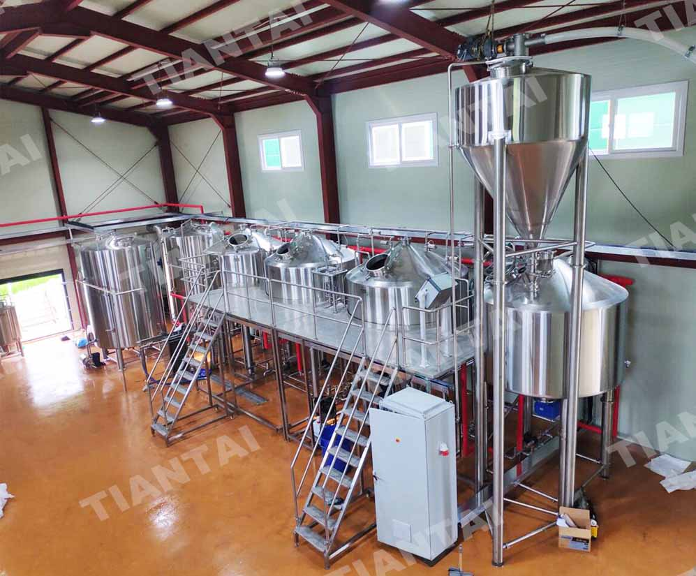 <b>3000l four vessel brewery equipment under installation in Korea</b>
