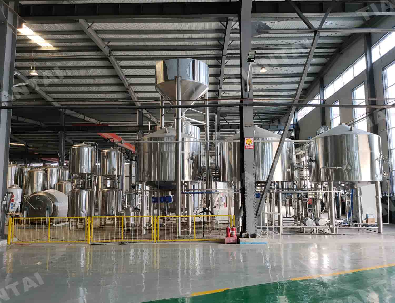 Automatic 50 HL commercial brewery beer brewing equipment
