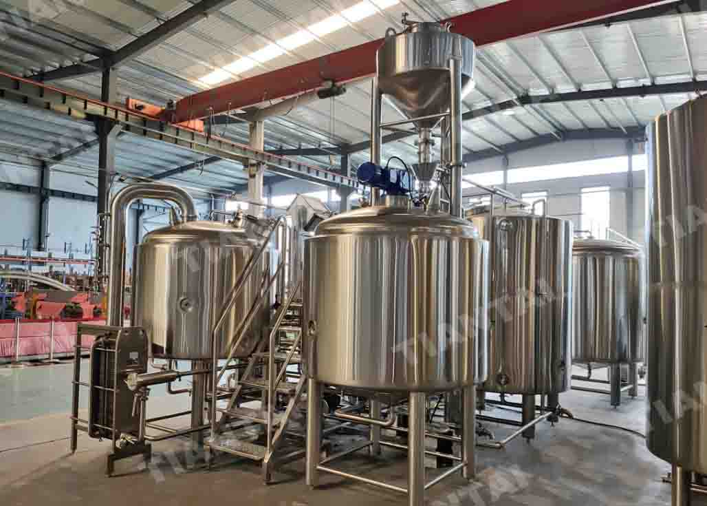 1000L stainless steel beer brewing equipment shipped to France